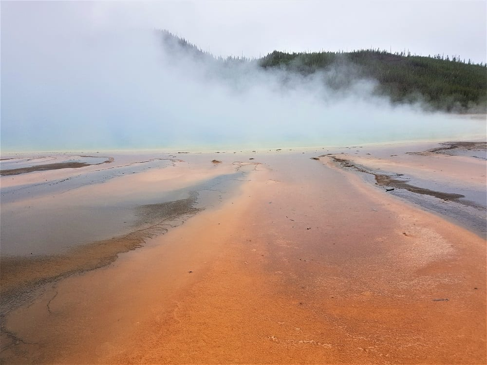 3 day Yellowstone itinerary - Grand Prismatic Spring