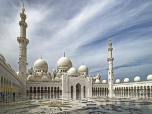 Read more about the article Abu Dhabi stopover- 3 day insight.